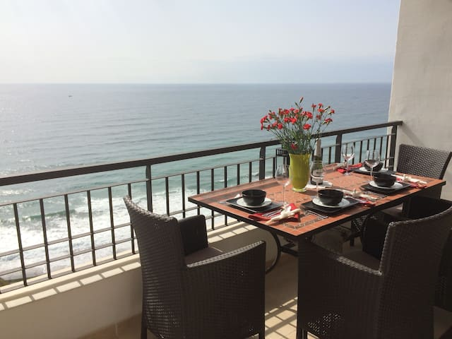 180° Penthouse Sea Views, FRONTLINE, Large Terrace