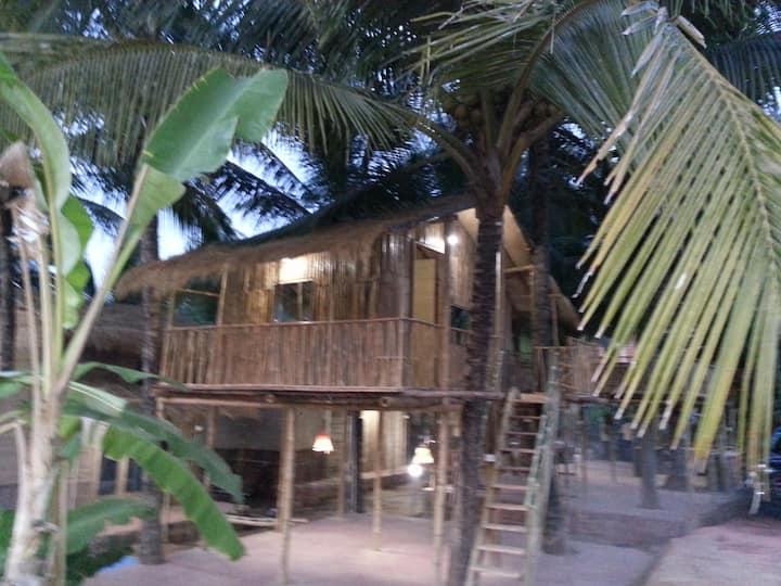 EcoResort-Bamboo Tree Hut Canacona, OmGravity4