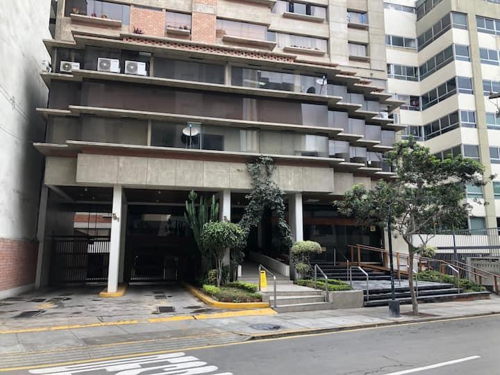 (2) Departamemto de dos dormitorios en Miraflores