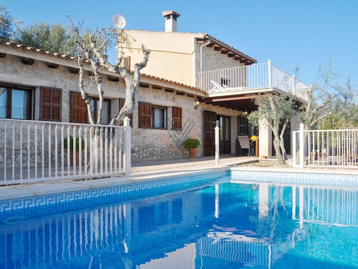Sa Font, holiday country house in Petra, Mallorca