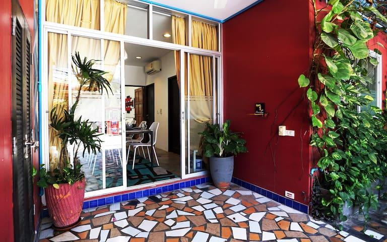 The Phuket Paradiso, A Boutique Aparthotel 3bd/3ba