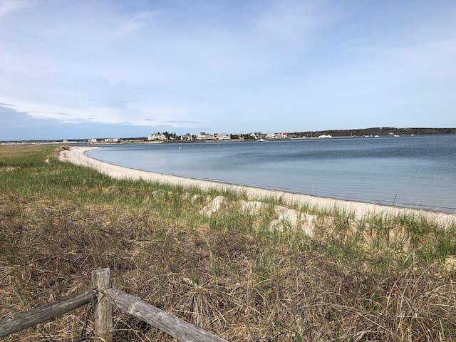 Ferry Beach Rd Summer Rental