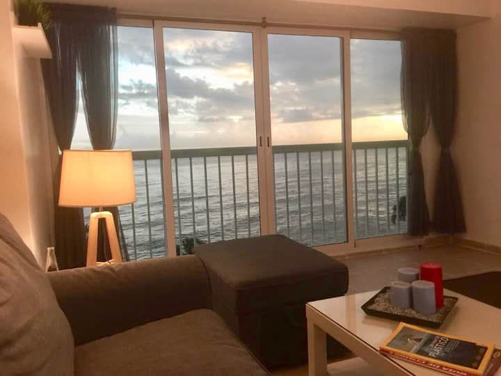 FRONT OCEAN VIEW DOWNTOWN SANTO DOMINGO 1BR/2PAX.