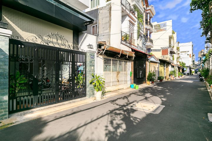 Idea Homestay- Superior 1BR On Sale@ Ho-Chi-Minh