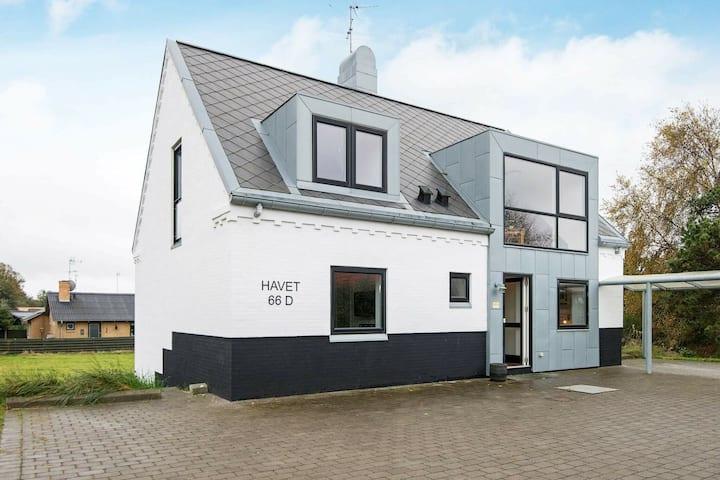Moderna casa de vacaciones en Glesborg con sauna
