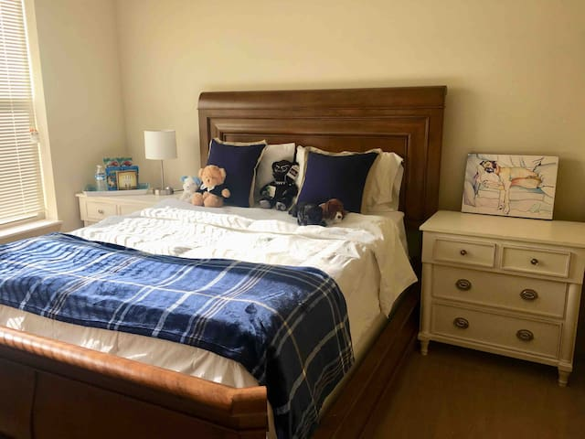 Short-Term Stay Space!  Close to Milwaukee!
