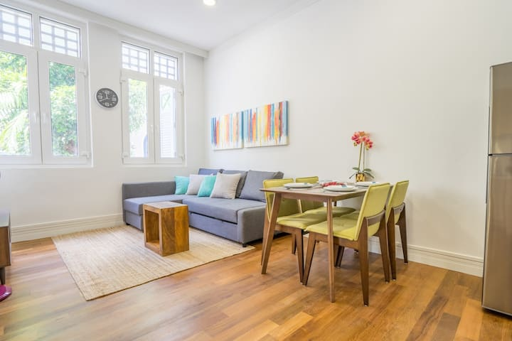 Ann Siang Hill Dapper Apartment for 4pax