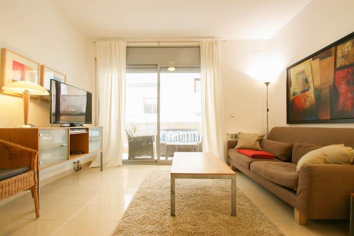SANT ANTONI Apartment, 200m from the Beach