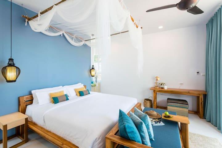 Upper Beach Bungalows, Krabi Home