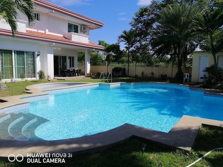 thagami private pool villa