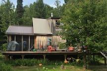 Modern Cabin - Sweet Getaway