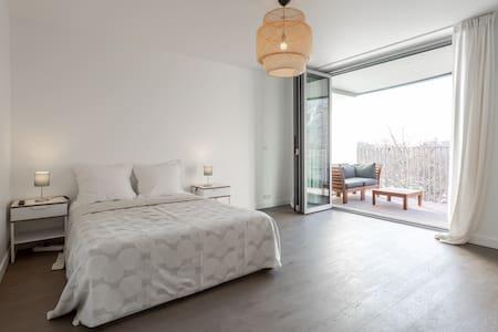 Luxury Studio / Paris 16