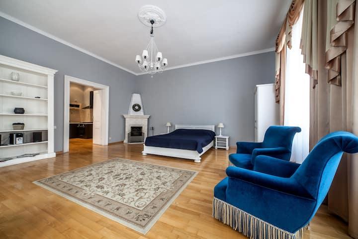 Lviv Lvov Lwiw Lwow flat rent