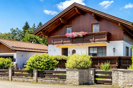 Exklusives Chalet am Lechsee*****