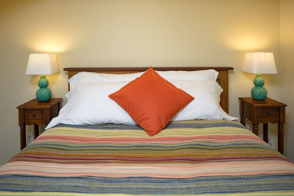 The queen, memory foam topped bed will welcome you when you arrive and recharge you for another day in the Pacific NW.