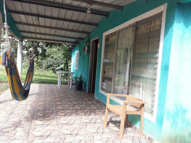Casa Local / Local Cozy House