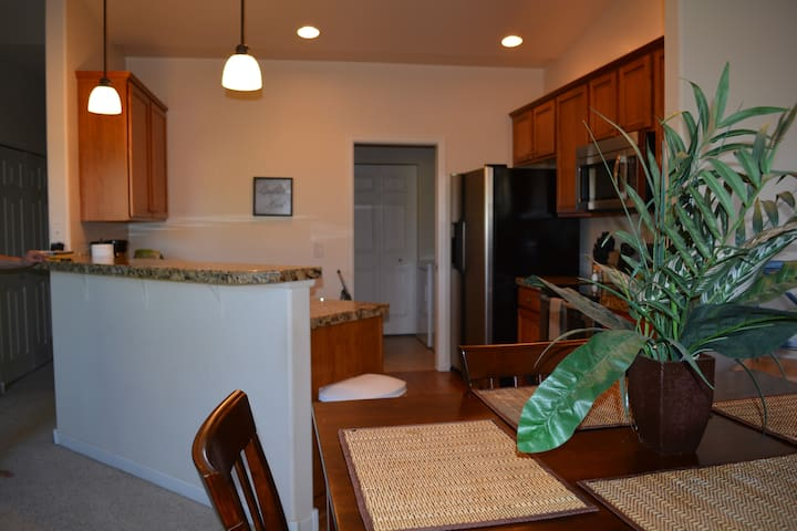 Luxury Executive Condo in Southeast Fort Collins