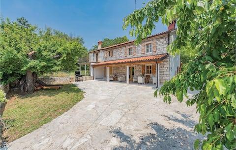 Holiday apartment with 1 bedroom on 53m² in Kaldanija