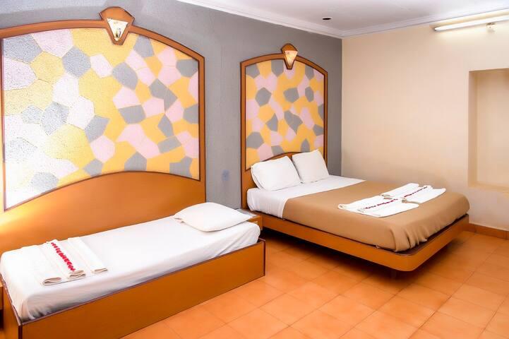 Non AC in Nature Theme Setting - Matheran - Hotel boutique