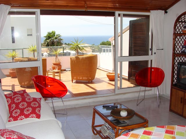 Galé Beach Apartment - Guia - Flat