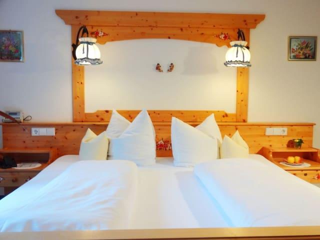 Doppelzimmer mit Balkon - Lauterbach
