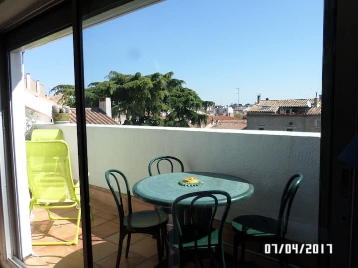 Cosy Loft blanc + terrasse calme dans le centre