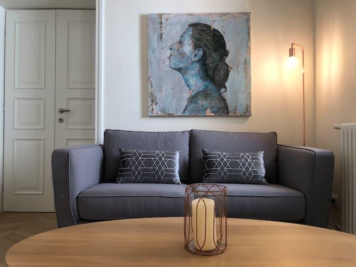 Classy & Design Apartment