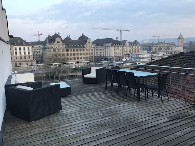Penthouse in old town with terrace - Zürich - Apartemen