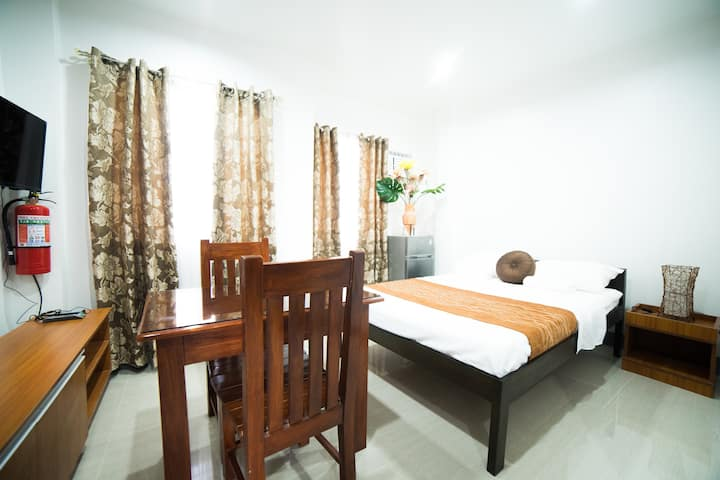Bohol's Maple Suites STUDIO TYPE