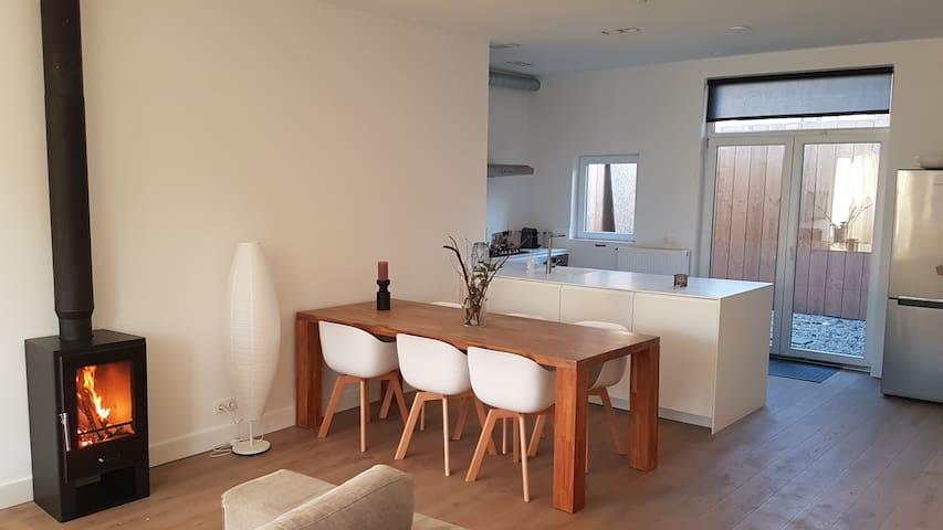Beautiful house, 1min to beach,30min to Amsterdam - Zandvoort - Casa