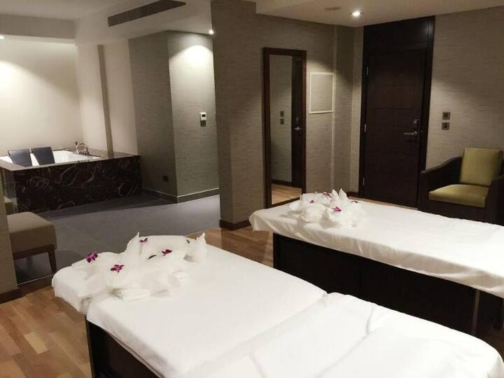 Touching Suite Executive At Manama
