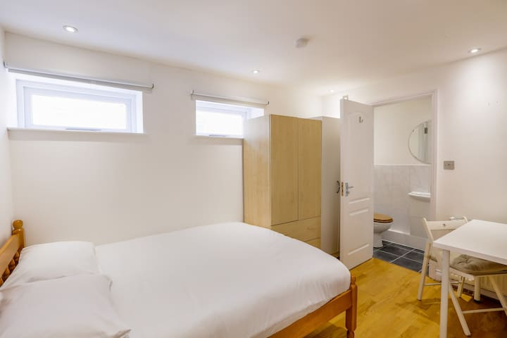 Rutland Road Rooms by Allô Housing