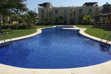 Marina Diamante. Beautiful apartment roof garden - 阿卡普尔科 - 公寓