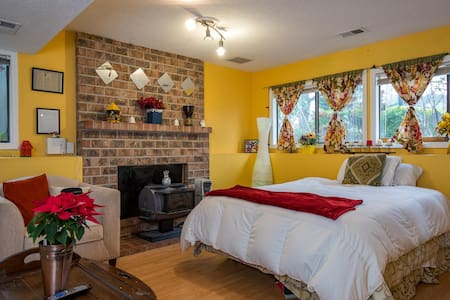 New Years Special $65 2bedrooms.! - Gresham