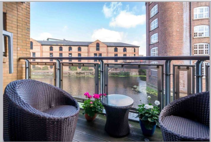 Spacious 2-bedroom apartment in the heart of York - Dixons Yd - Apartment