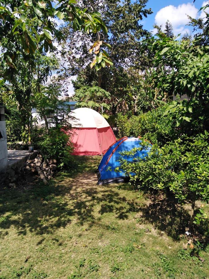 Campamento down town