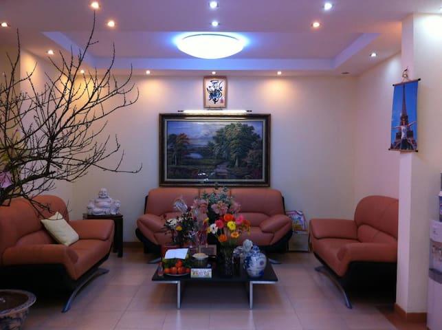 Private cozy beutiful quiet villa at hanoi center - Hanoi - Dům