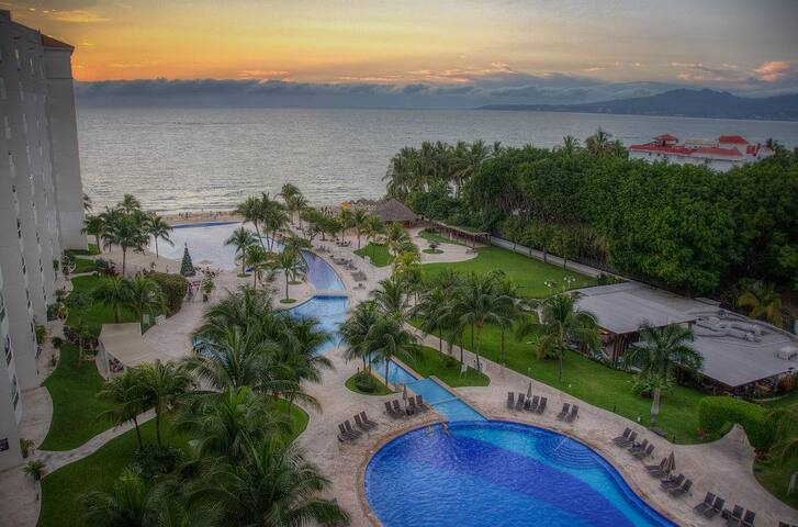 Luxury 3BR Beach Condo with Spectacular Ocean View