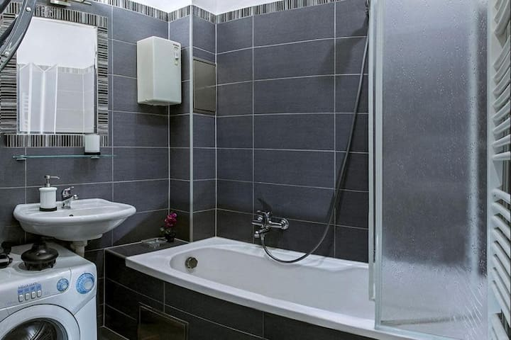 Fully equipped old town Apartment