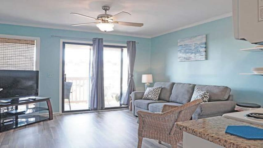 OCEAN VIEW CONDO WITH LOTS OF AMENITIES AND EXTRAS