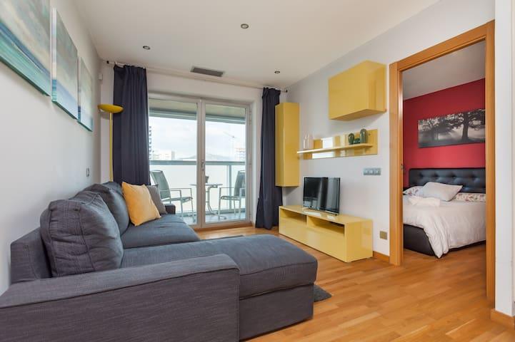 New Apartment next to FiraBarcelona