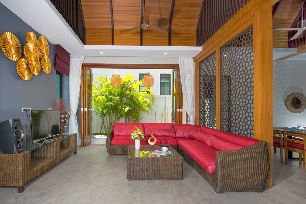 Living room, platinum satellite TV package, SONY bluetooth speaker, wifi