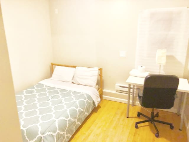 2) PALO ALTO PRIVATE ROOM - BEST DEAL in Town
