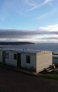 Caravan to let, BEER HEAD caravan park - Seaton