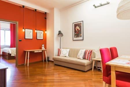 JAZZ BULLDOG Suite | Metro M3 Duomo - Milánó - Lakás