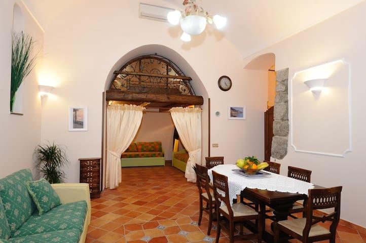 """Amalfi centro""""La casa del saraceno"""" - Amalfi - Pis"""