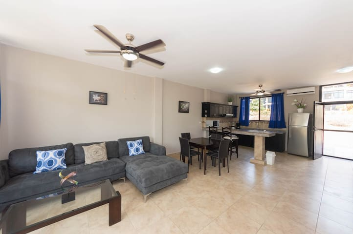 Condo For Rent in Vistazul 206 - San Jacinto y San Clemente - Apartamento