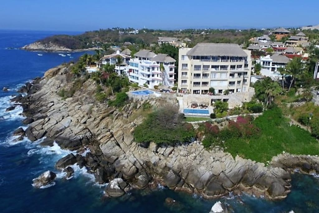 Located In The Best Ocenfront Area of Puerto Escondido
