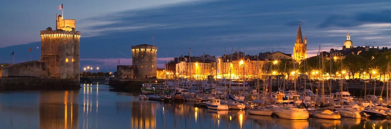 Vieux port / Beau voilier / tout confort