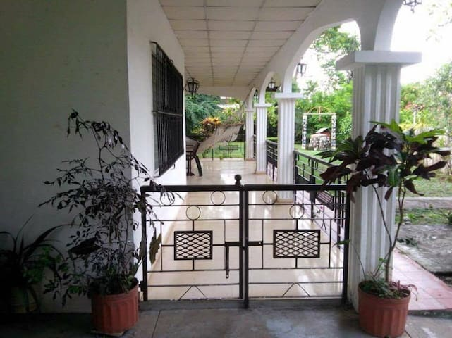Traditional, Cozy, Panamanian Bed, Breakfast & AC1